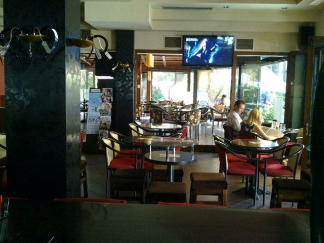 ΚΑΛΑΜΠΑΚΑ: CAFE MILLENNIUM