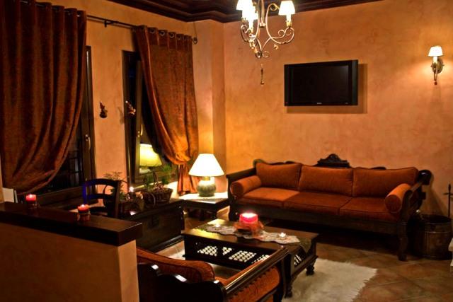 ΚΑΛΑΜΠΑΚΑ: ΚΑΡΑΚΑΝΤΑ ΕΛΕΝΗ ΤΟΥ ΓΕΩΡΓΙΟΥ - GUEST HOUSE ELENA